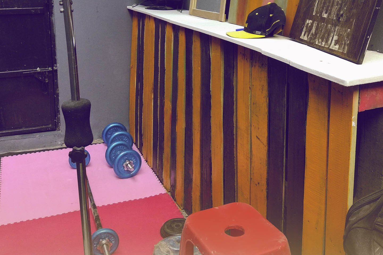 thumbnail h3ndy mini gym