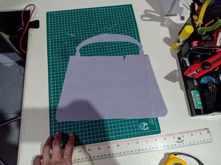 Desain Vas Bunga Bentuk Tas Fashion 2 H3NDY
